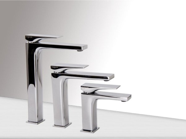 rubinetti in vari dimensioni