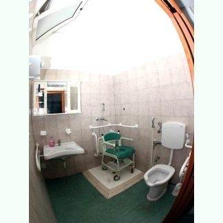 bagno accessibile foto tre