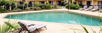 triangle swimming pool shape