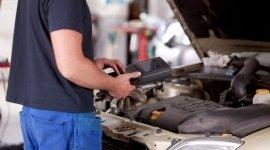 controllo motore, analisi gas di scarico, revisione auto