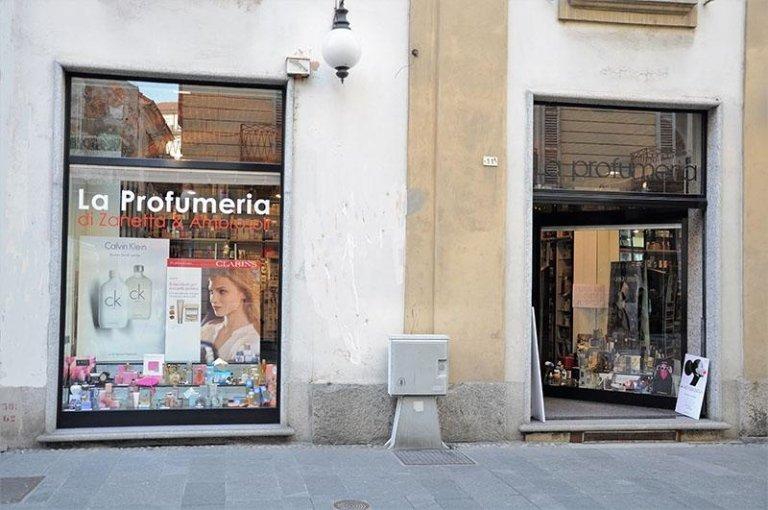 Profumeria Zanetta Ambrosoli Corso Cavour 11/A