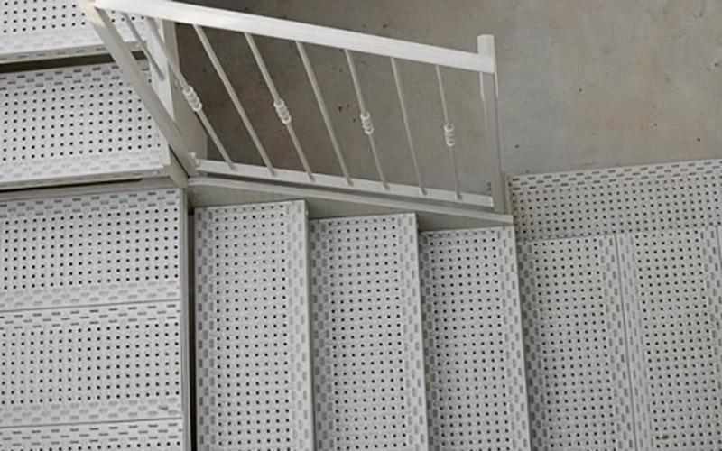 scale e ringhiere in ferro personalizzate