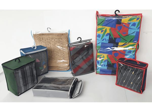 Buste e sacchetti in polipropilene, PVC e tessuto non tessuto
