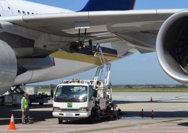 Fornitura carburante avio