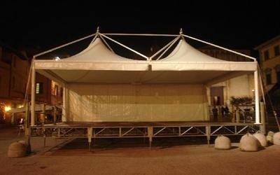 gazebo 6x8 su palco