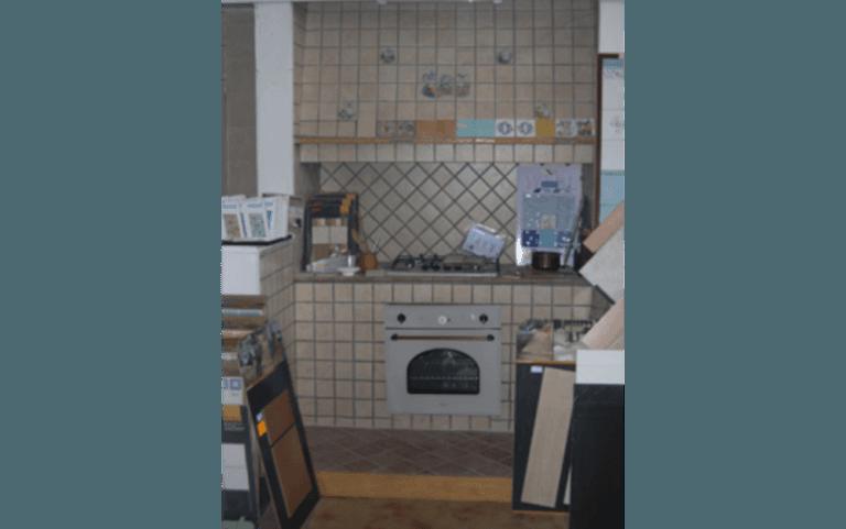 Materiali per cucine in muratura, edil 97, inerrti, edilizia, materiali per edilizia, pavimenti e rivestimenti, arredo bagno, piscine, piscine prefabbricate, Poggio Mirteto, Montopoli di Sabina, Rieti
