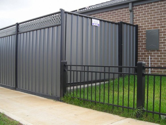 expert fence services in Tarneit