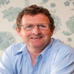 Simon Tubb