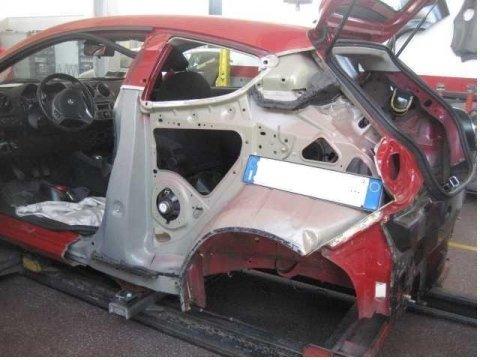 riparazione macchina incidentata