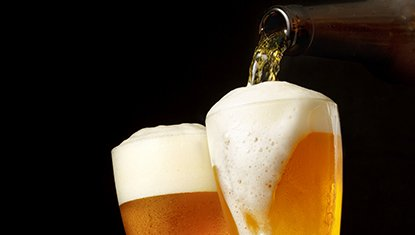 Bicchieri di birra a Levico Terme