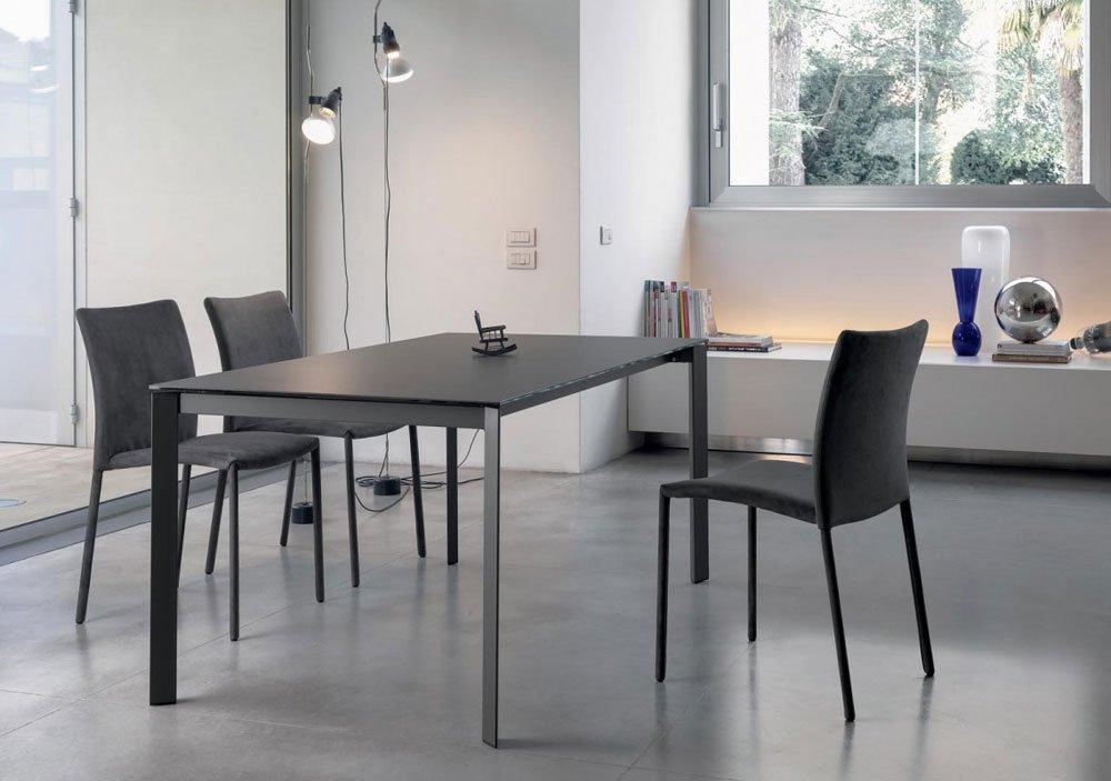 Sedie Blu Cucina : Tavoli e sedie roma rm castellucci arredamenti