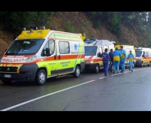 Disponiamo di ambulanze e mezzi all