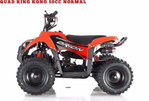 un quad arancione e nero visto di lato