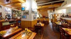 ristorante tipico, piatti di pesce, piatti della tradizione