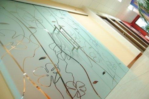 vetro con disegno pantografato