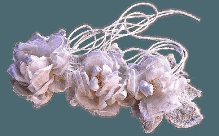 Tralcio di rose in seta con foglie in pizzo MORENA cm50