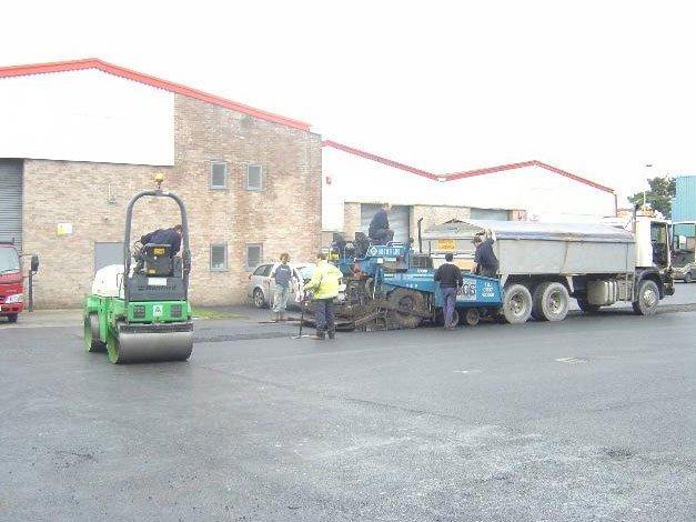 tarmacadam equipment
