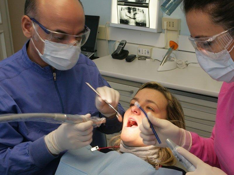 operazioni odontoiatria Genova