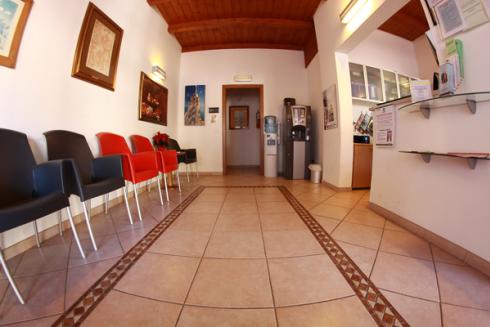 Nel centro si effettua la Tecar-terapia.