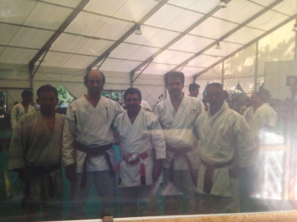 Una squadra di karate