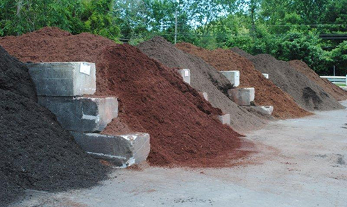 Mulch Spreading & Topsoil Products Milford, CT & Monroe, CT