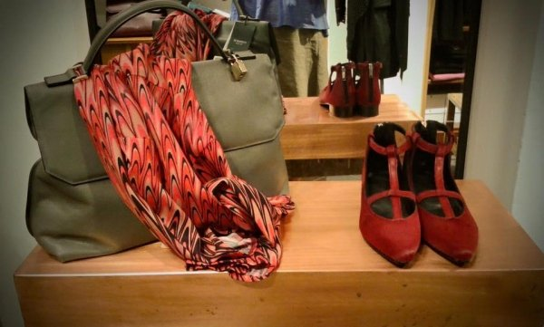 Borse, sciarpe, calzature
