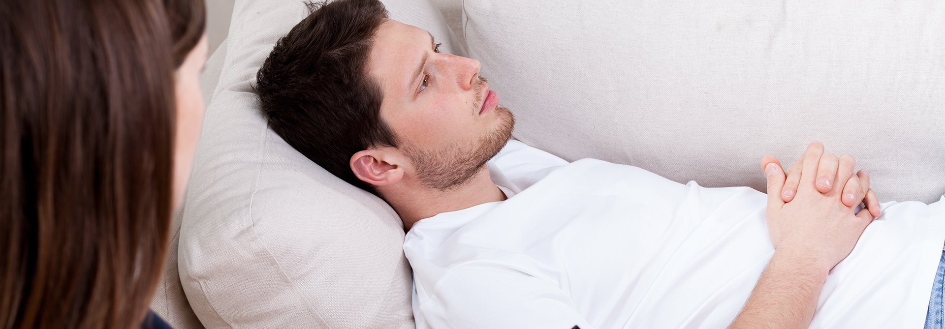 man receiving hypnotherapy for anxiety
