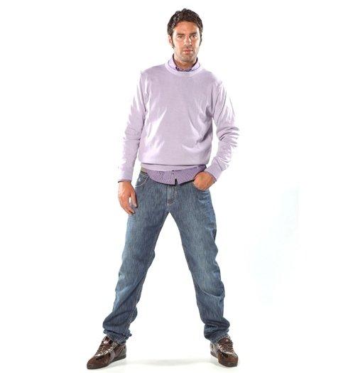 maglietta, scarpe e pantaloni