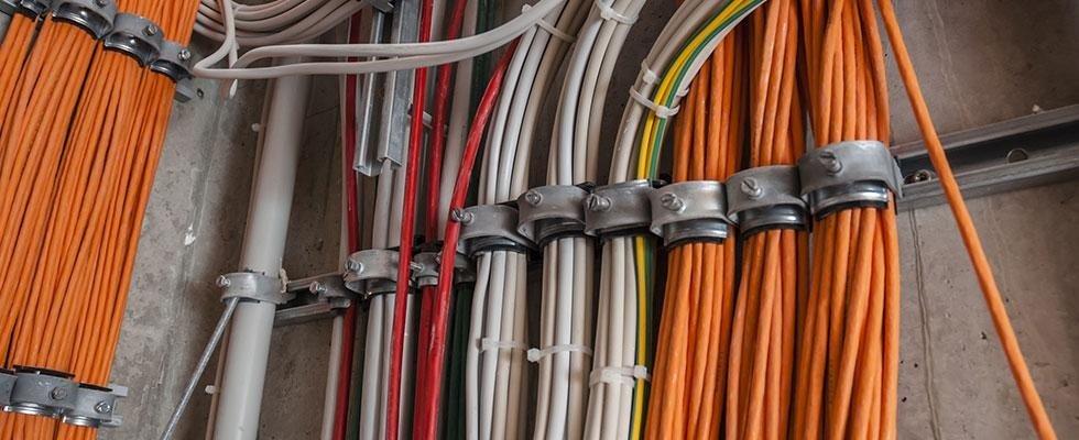 installazione e manutenzione impianti elettrici civili ed industriali a Cortona Arezzo