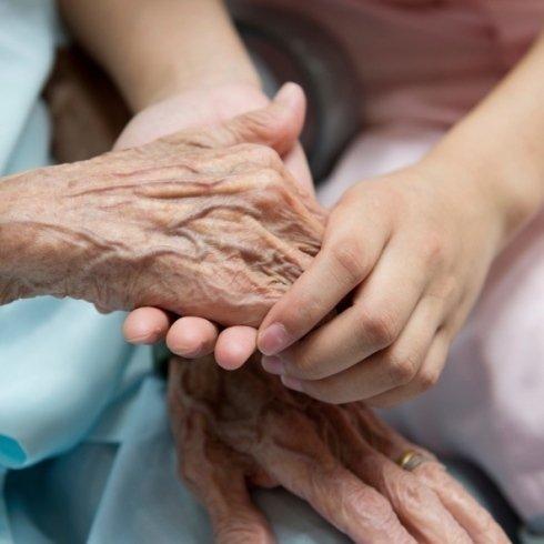 servizio di assistenza e accompagnamento anziani e svantaggiati