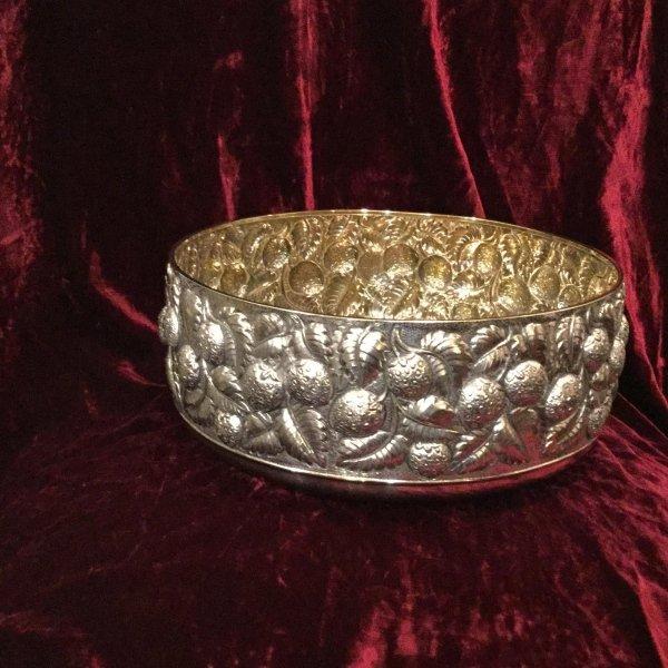 Ciotola tavola fragola in argento cesello a mano