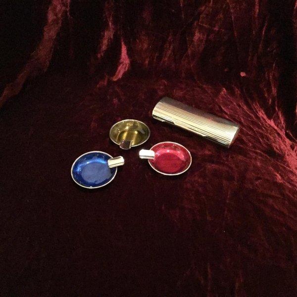 Posacenere in argento e portasigarette guilloche