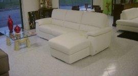 divani, guardaroba, letti, librerie, mobili, mobili classici, mobili moderni