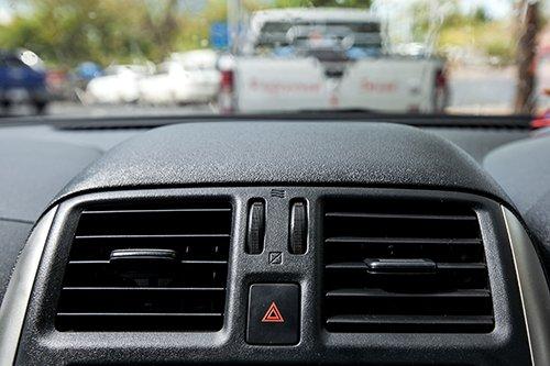 Bocchettoni dell'aria condizionata di un'auto