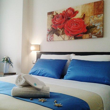 Camera matrimoniale a tema dell'hotel 3 stelle Helios a Marina di Caulonia