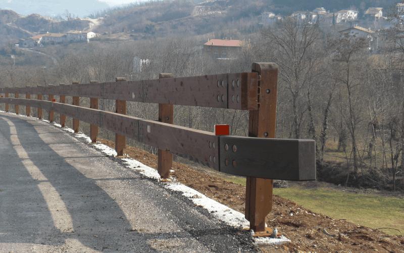 barriera legno acciaio