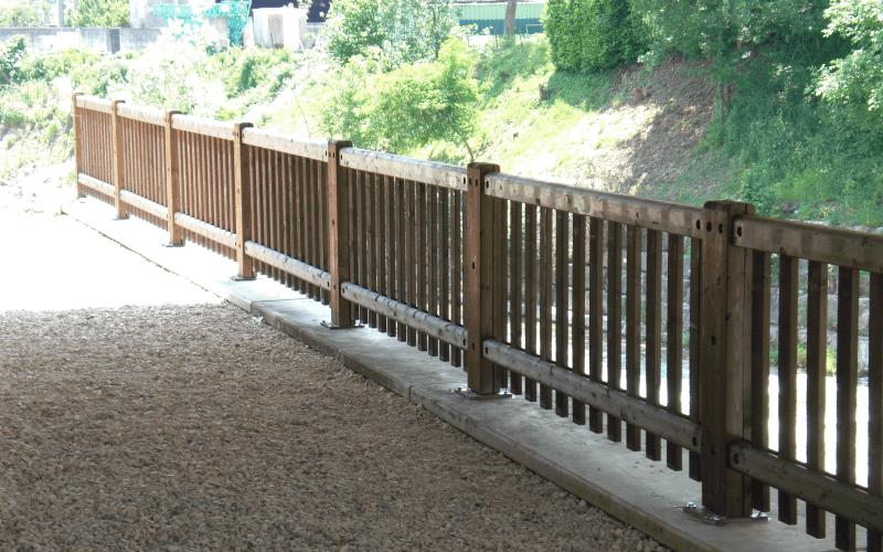 ringhiera legno