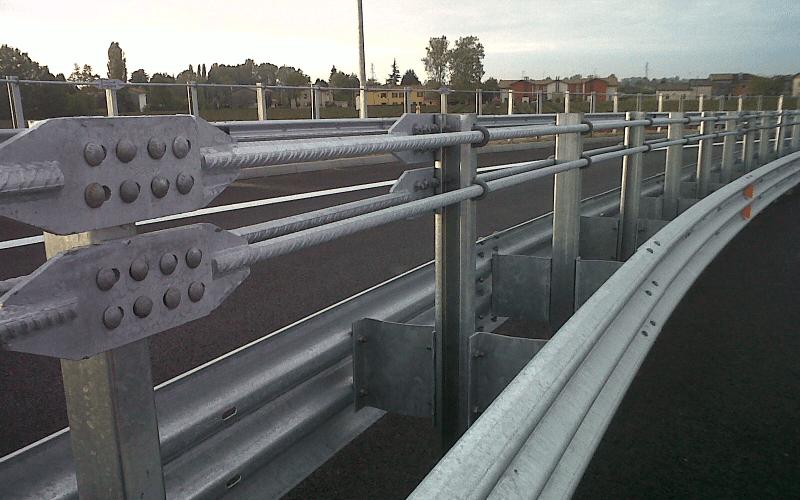 barre stradali acciaio
