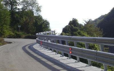 bordo ponte acciaio