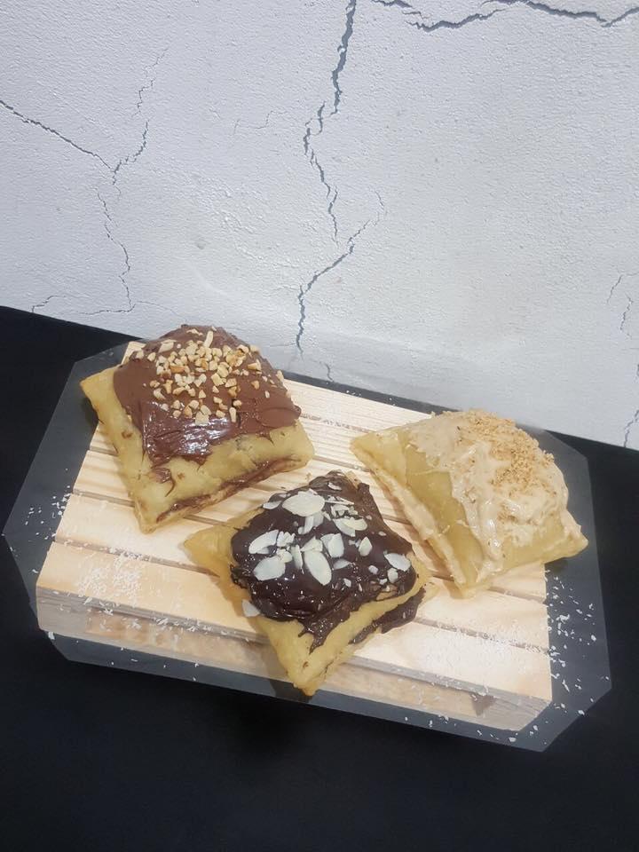degli  gnocchi fritto con cioccolato e praline