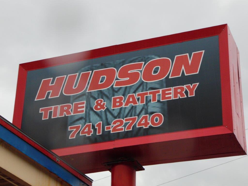 Hudson Tire & Battery street sign