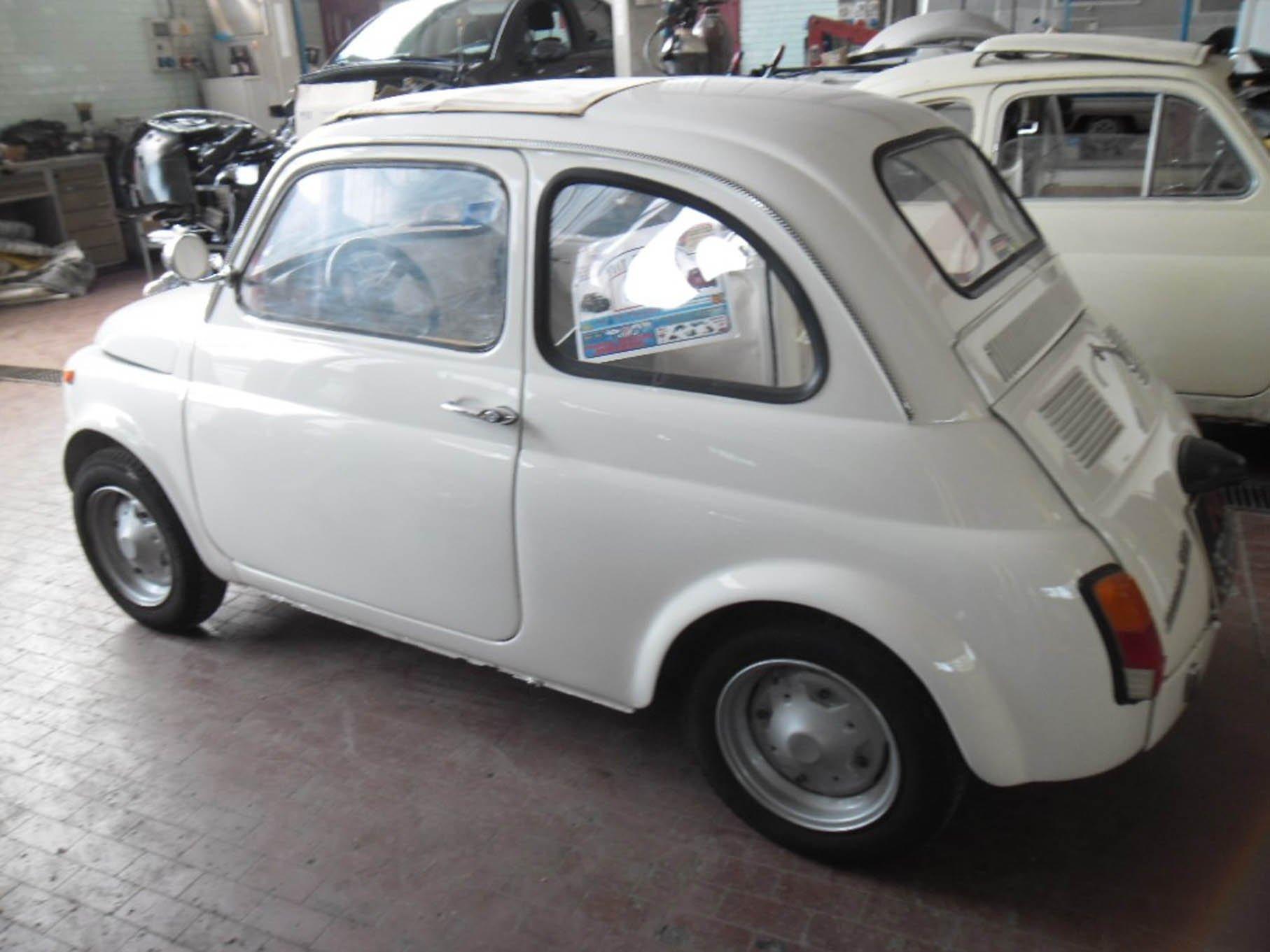 riparazione auto d'epoca