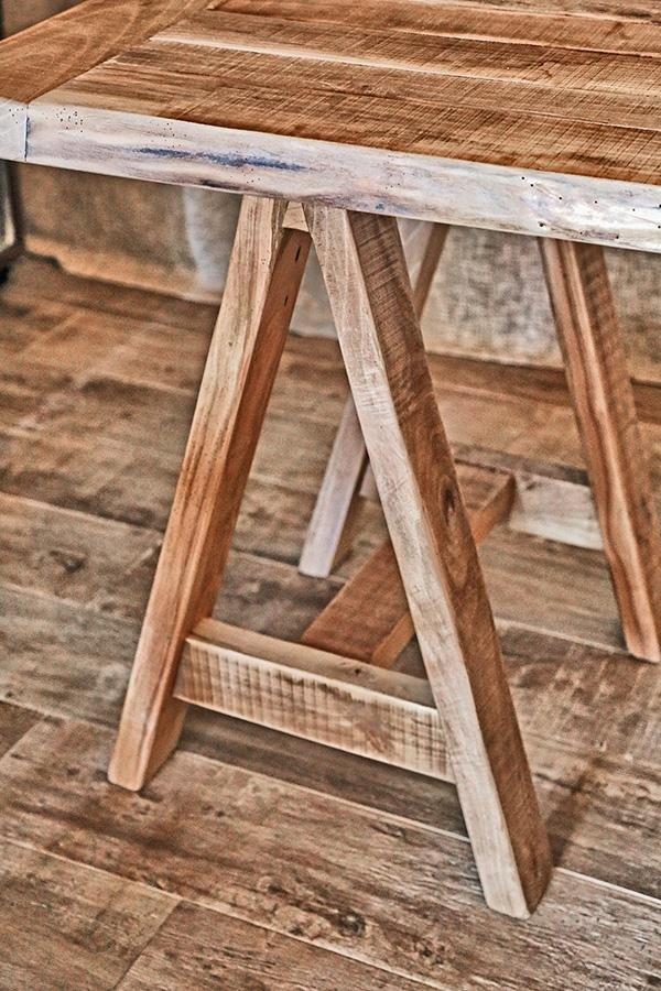 cavalletto in legno per supporto tavolo