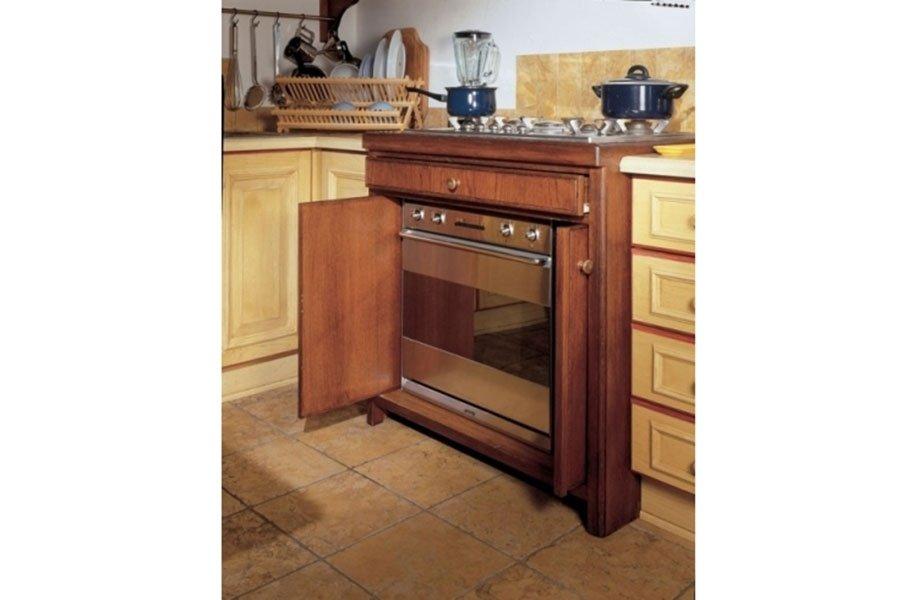 mobile in legno per forno