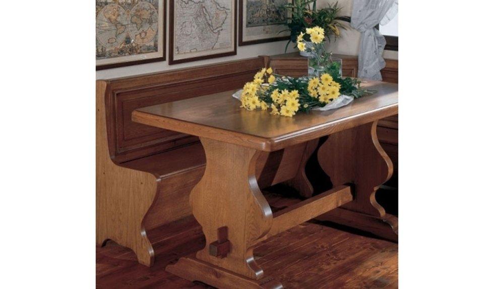 tavolo da cucina in legno con panca