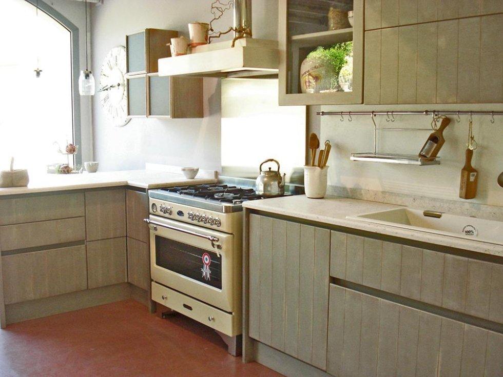 vista laterale cucina artigianale