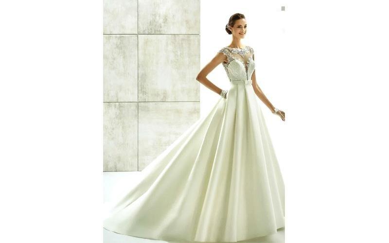 Vestiti da sposa con gonna ampia