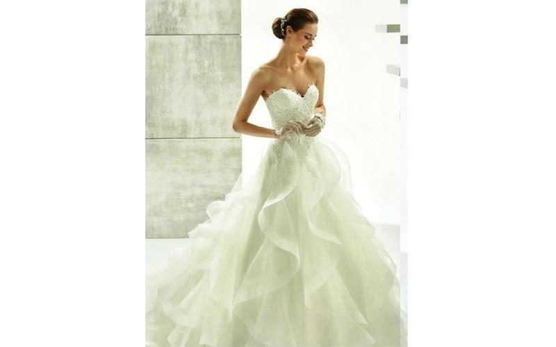 Vestiti da sposa con tulle
