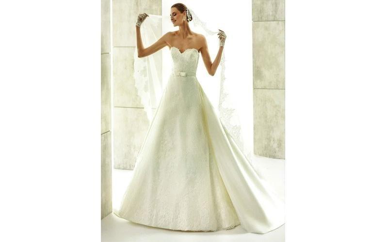 Vestito da sposa scollato
