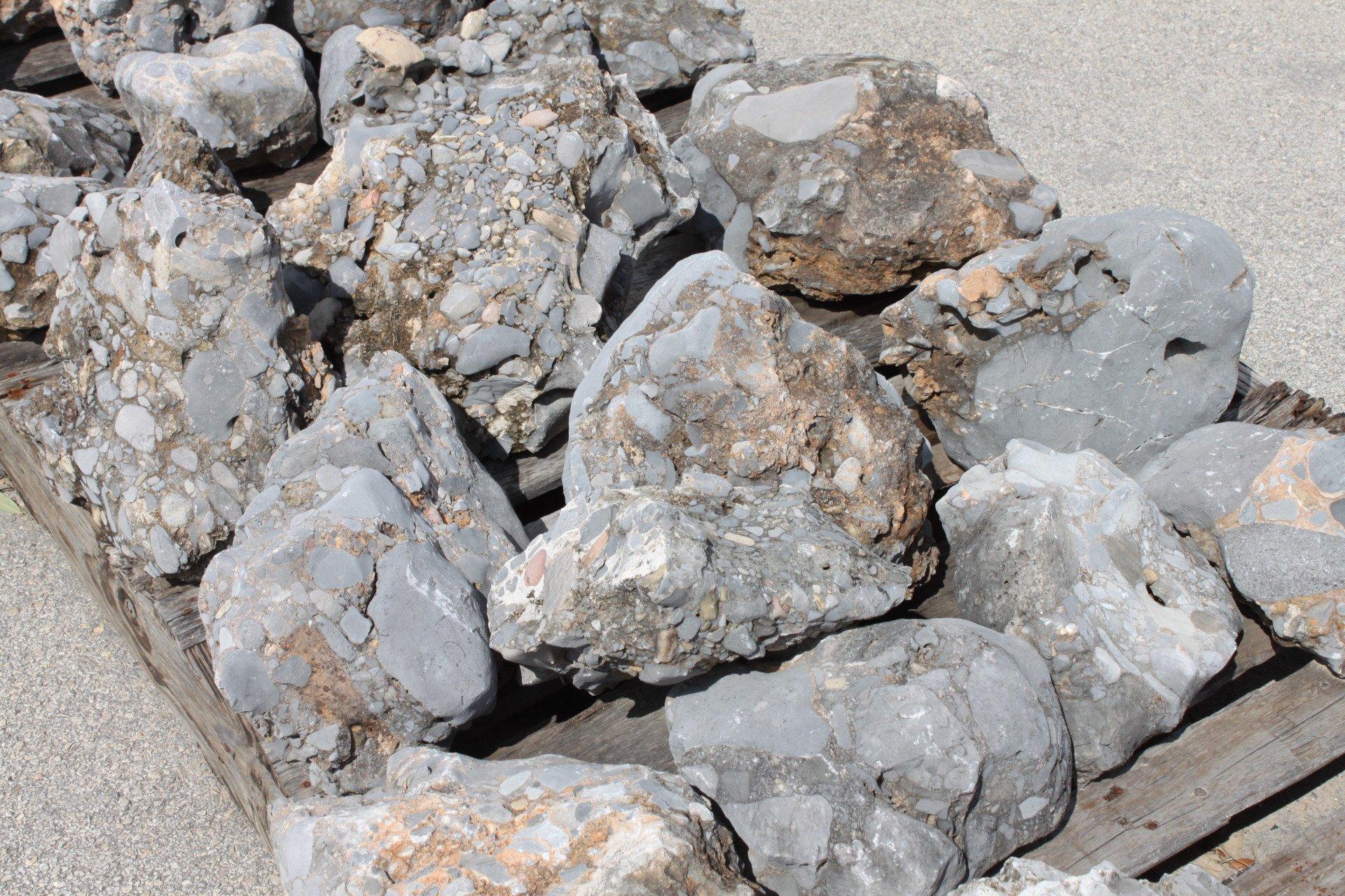 Landscape Boulders And Cobblestone In San Antonio Tx